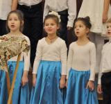 choir_mgl_2-3grades_12_2016-24.jpg